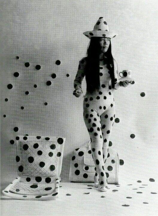 self-obliteration by dots, yayoi kusama, 1968, detail
