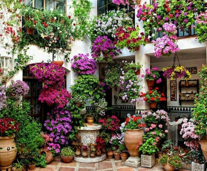 outdoor decor ideas, summer decor, spring décor, summer inspirations, modern gardens, gardens, outdoors. For more inspiration: http://www.bocadolobo.com/en/inspiration-and-ideas/
