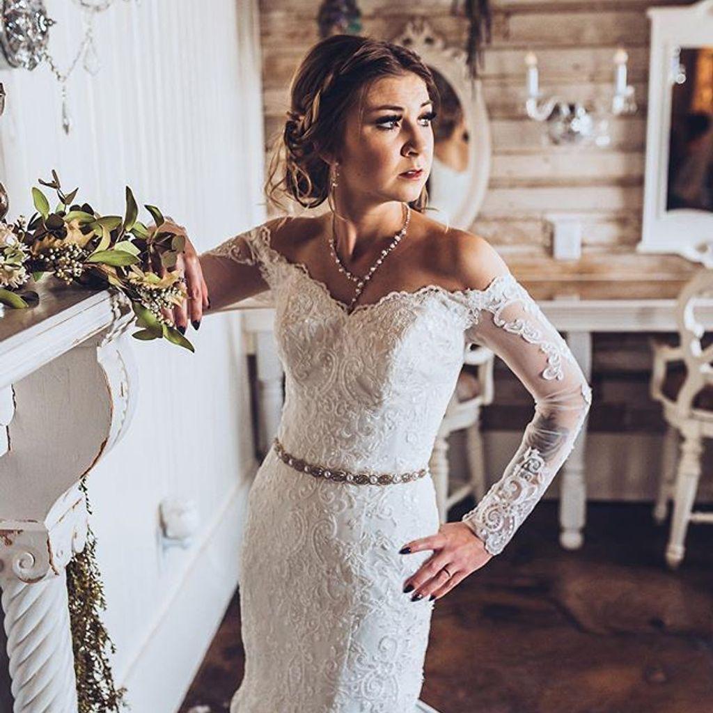 Long Sleeve Off The Shoulder Trumpet Wedding Dress David S Bridal Wedding Dresses Dresses Davids Bridal Wedding Dresses [ 1024 x 1024 Pixel ]