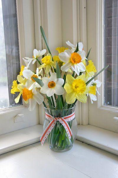 Nessy Designs Daffodil Bouquet Daffodil Bouquet Flower Arrangements Simple Daffodils