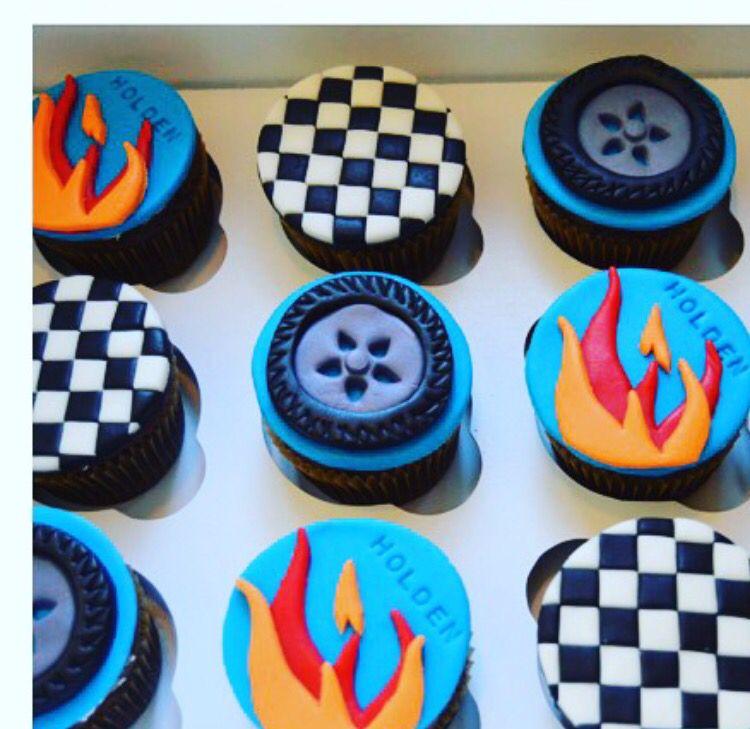 Hot wheels cupcakes from ToyCake.com | festa hot wells | Pinterest