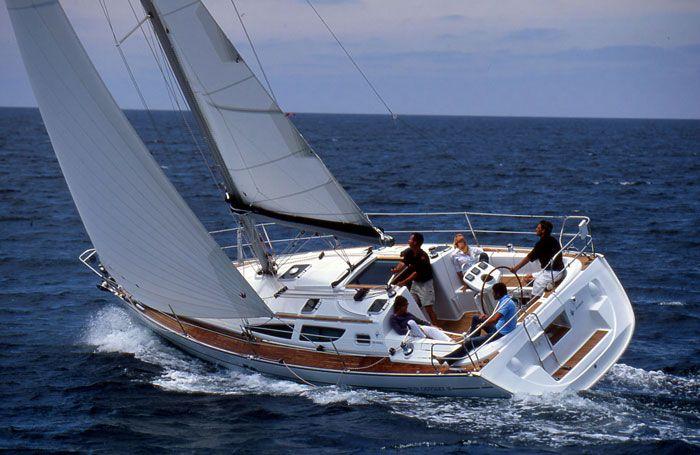 saling boat @glbatten