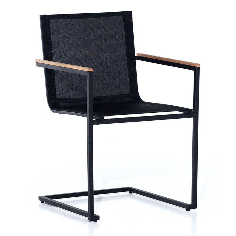 Bekväm stol i lätta material Skuru by Sensum är en vacker stol med ...