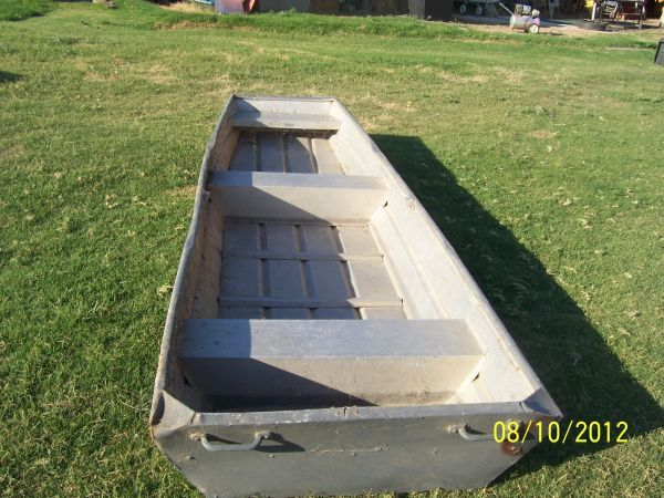 12 ft.Flat Bottom Aluminum Boat $350.00 Good shape. As is