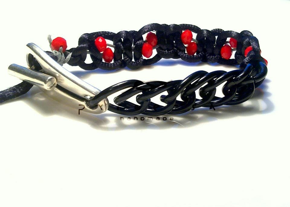 macrame bracelet with chain and red crystals