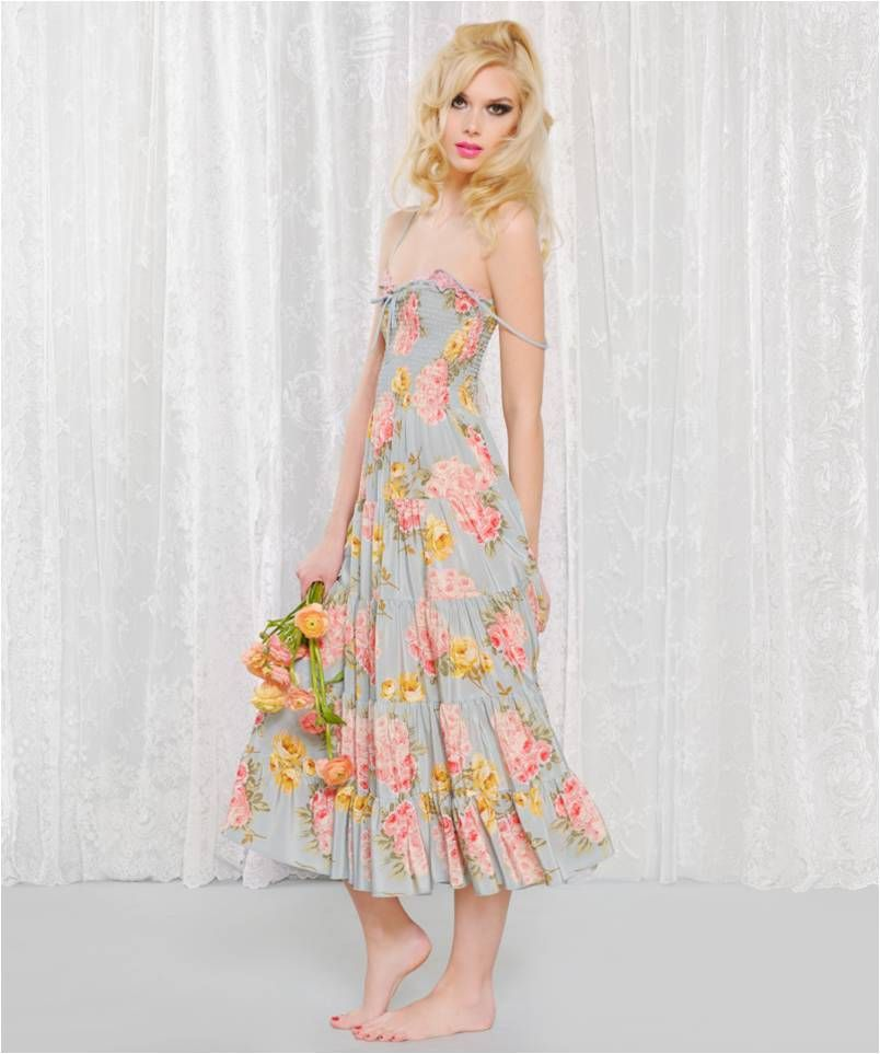 Adorable Dress Betsy Johnson