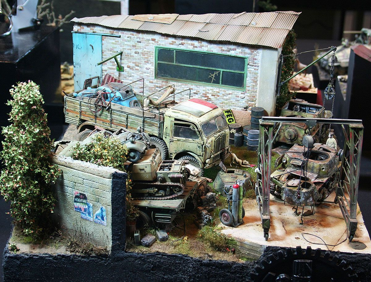 Scrapyard 1/35 Scale Model Diorama