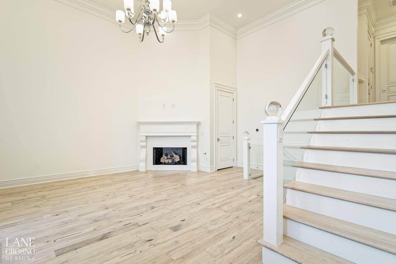 Best White Living Room 14 Foot Ceilings Crystal Ball Newel 640 x 480