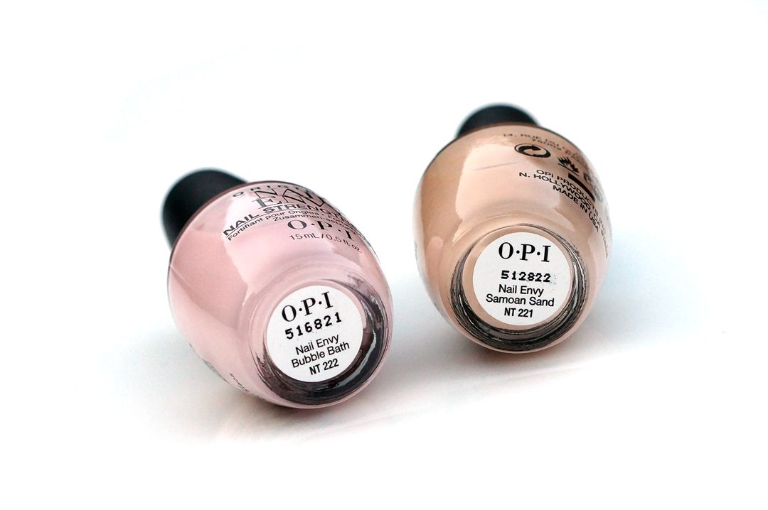 OPI Nail Envy Color Samoan Sand & Bubble Bath | NAILS | Pinterest ...