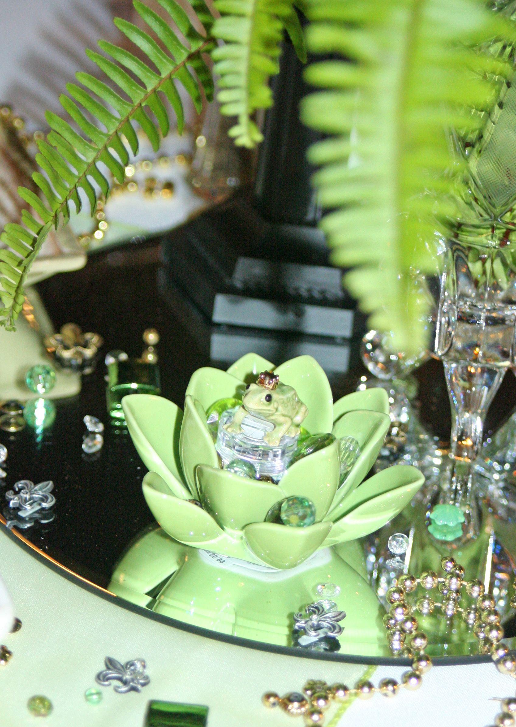 Princess and the Frog Centerpiece - Frog upclose | Disney Princess ...