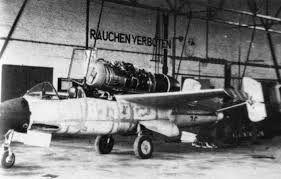 "He162 A-2  Salamander   Tamiya 1/48  -  ""montage  usine  avant peinture""   - Page 2 0753204a7e0aee276a3a03d3c700abf2"