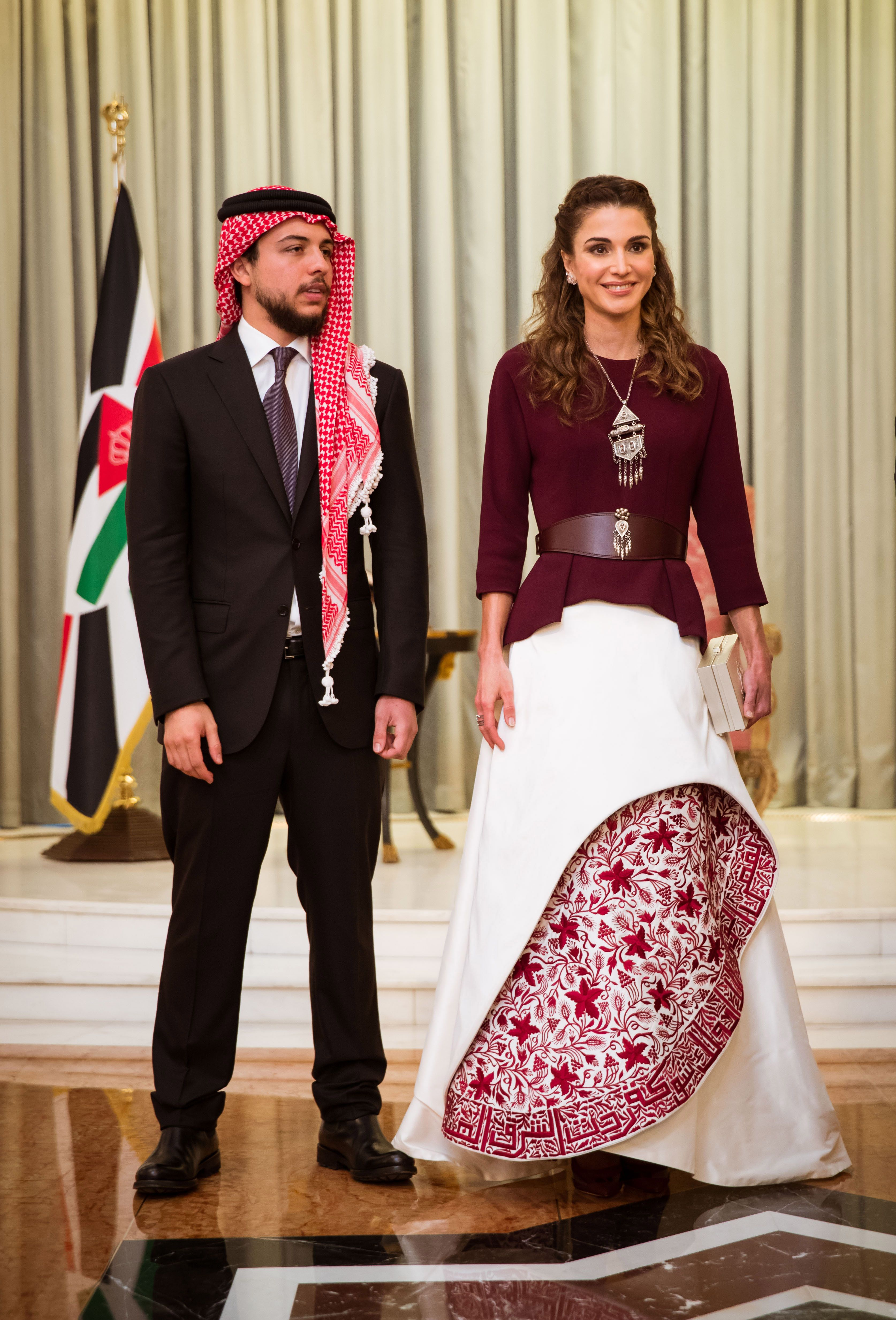 Queen Rania S Independence Day Dress Makes Us Reconsider Those Denim Shorts Queen Rania Fashion Day Dresses [ 4932 x 3348 Pixel ]