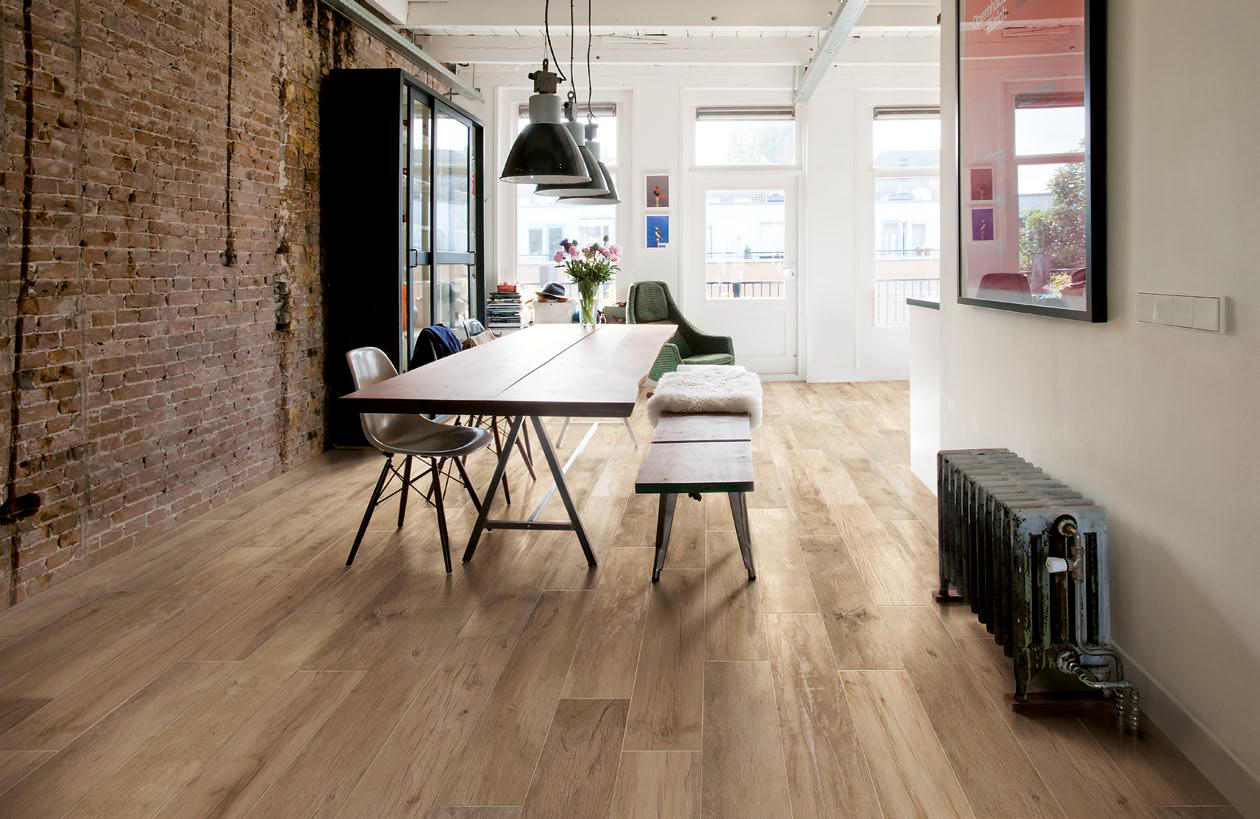 Ragno woodmania honey 20x120 cm r56a porcelain stoneware wood available on all the porcelain stoneware flooring by ragno woodmania at the best price guaranteed discover ragno woodmania honey cm wood effect with dailygadgetfo Choice Image