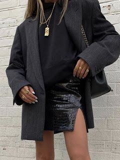 RedonWhite: 34 All Black Street Style Outfits - How to style black trousers. How... 3
