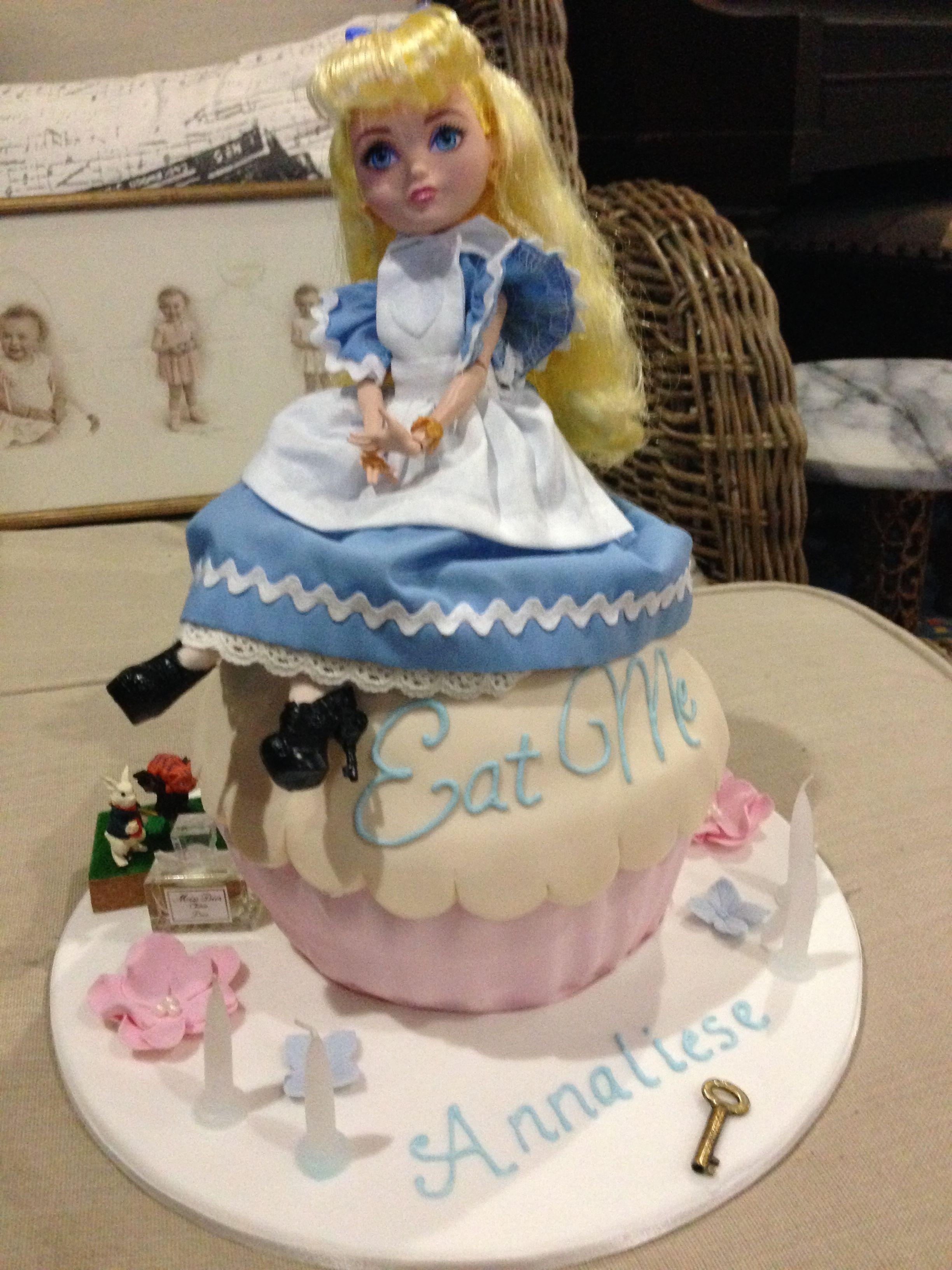 Alice birthday cake