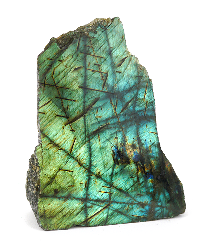 Labradorite Crystals The Labradorite Meaning And Healing Properties Illuminate Your Space With The Energy Of Light I Labradorite Crystal Crystals Labradorite