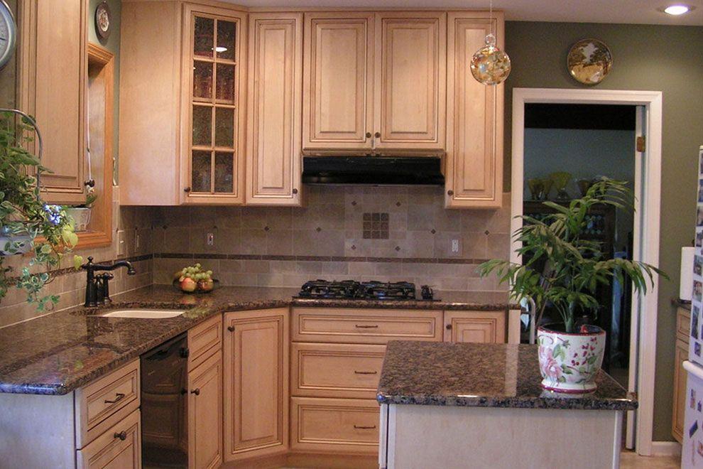 50+ Popular Brown Granite Kitchen Countertops Design Ideas ... on Backsplash For Black Granite Countertops And Brown Cabinets  id=77056