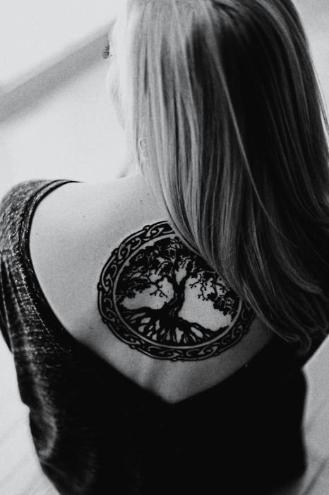 Tree Of Life Tattoo Woman With Tree Of Life Tattoo One Mans Blog