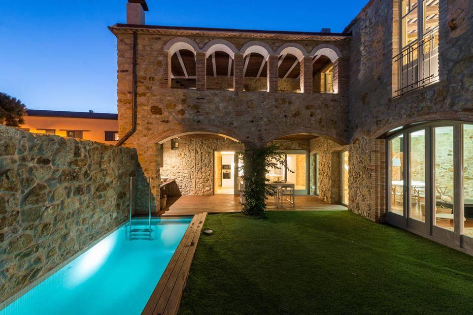 Casa con arcos en pals p28 tatuajes en 2019 casa con for Fotos de fachadas de casas andaluzas