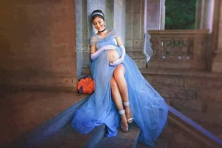963d4f952765a Disney princess maternity shoot.   Baby!!!   Pregnancy photos ...