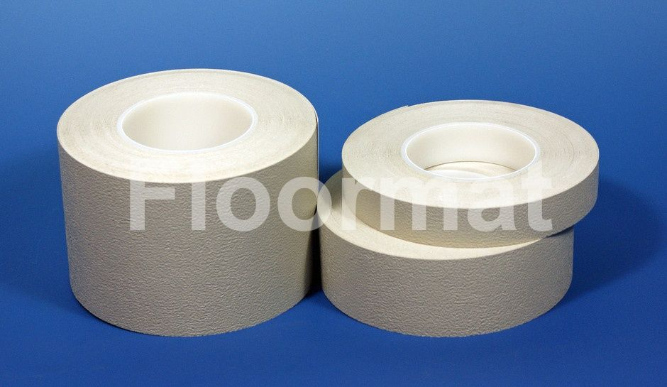 Aqua-safe non-slip waterproof tape is great for boats, in showers ...