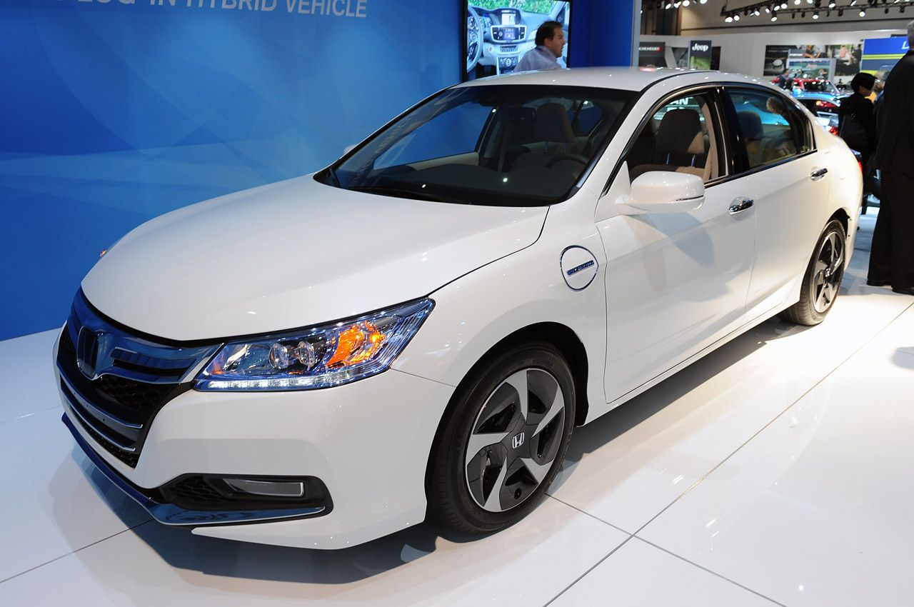 2014 honda accord hybrid car reviews and pictures