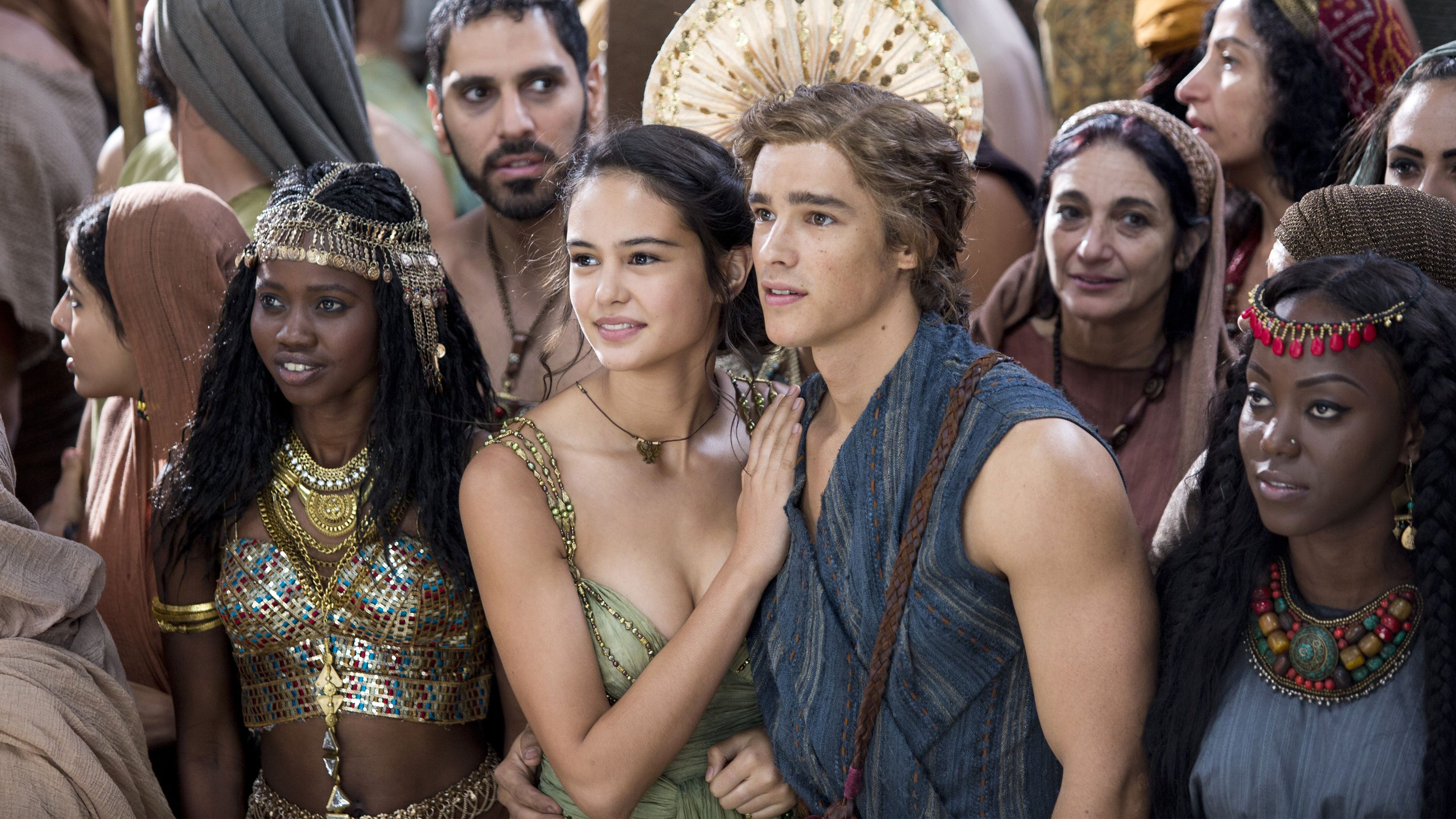 Gods Of Egypt Courtney Eaton Brenton Wallpapers Hd Wallpapers