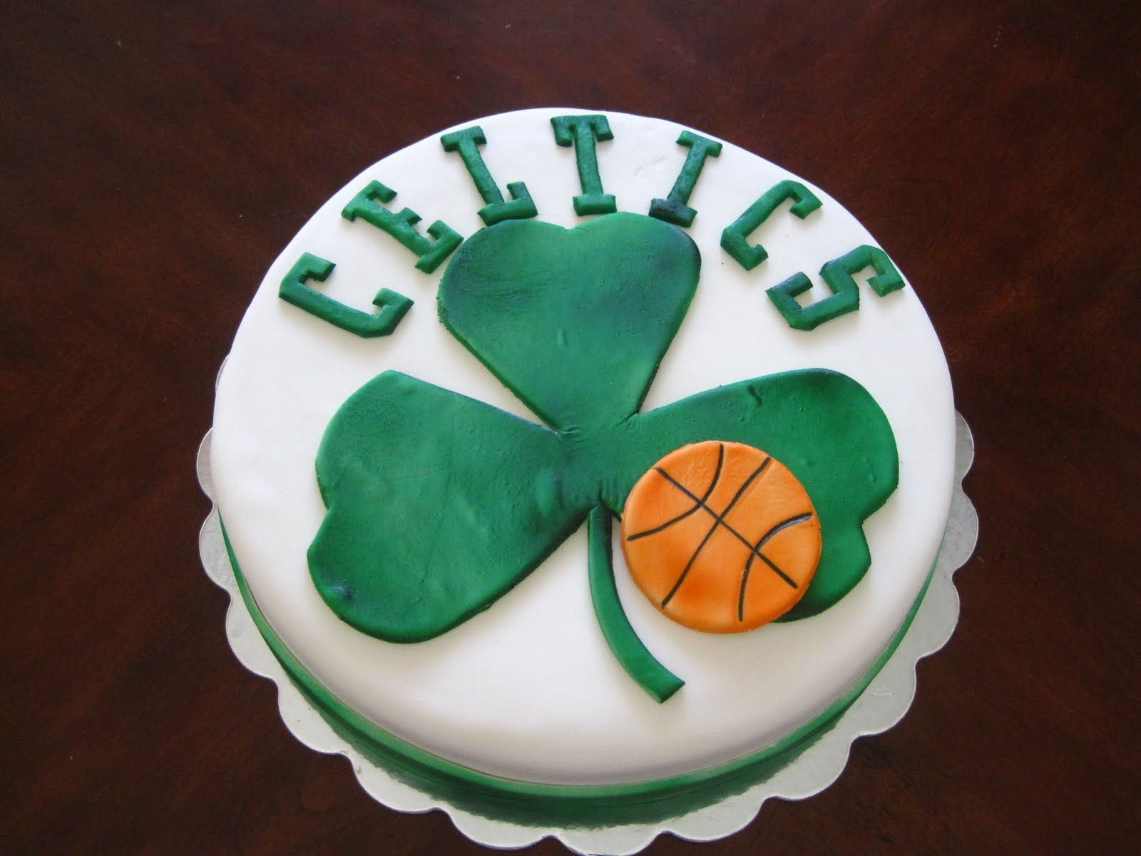 Surprising Celtics Cake With Images Basketball Cake Boston Cream Cake Cake Personalised Birthday Cards Paralily Jamesorg