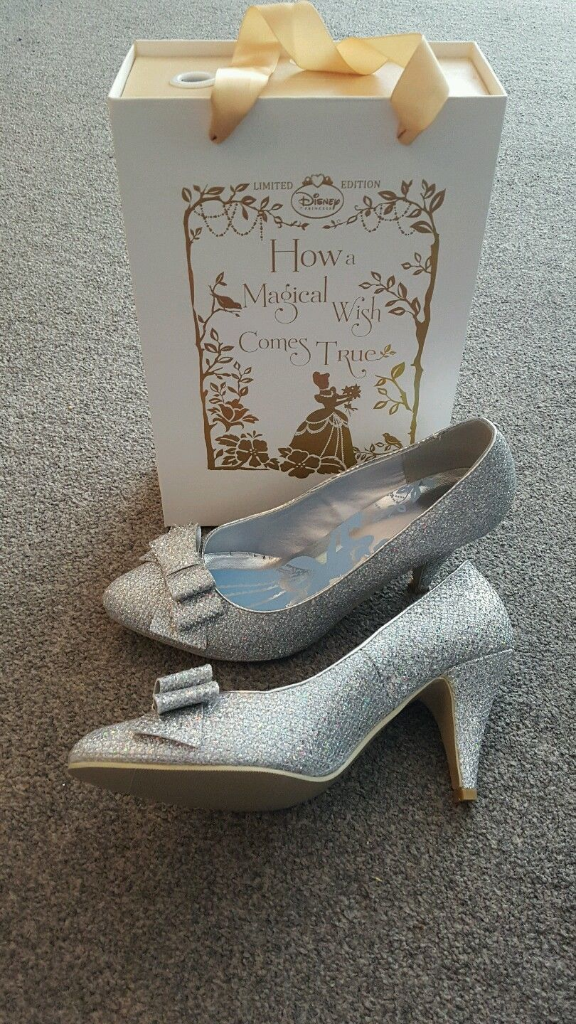 d0c56db93f9e Details about Harrods Disney Cinderella High Heel Glitter Slippers ...