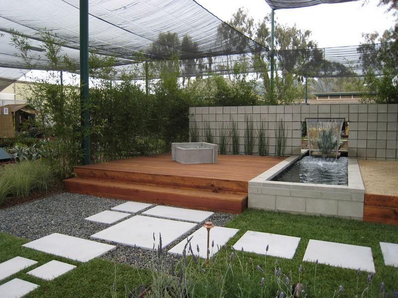 Aménagement petit jardin dans lu0027arrière-couru2013idées modernes - terrasse bois avec bassin