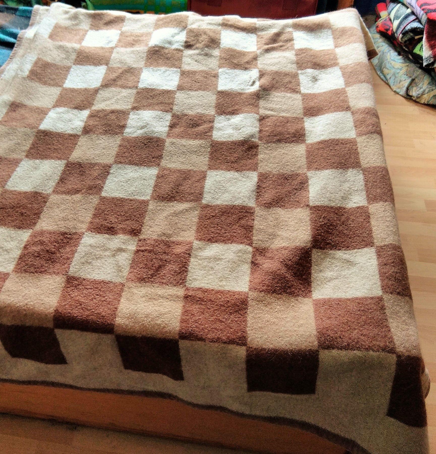 Prop Woolblanket Retroblankets Blanketmuseum Instagram 50s 60s Production Oudedekens Vintageblanket Vintagedeken Retrodek Wolldecke Flauschig Decke