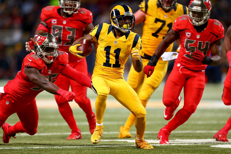 Rams Vs Bucs Nfl Color Rush Oh My Eyes Nfl Los Angeles Rams Live Nfl