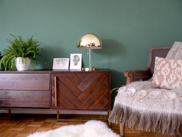 Dutch bone Midcentury Modern Sideboard, green wall, allthelittledetails.de