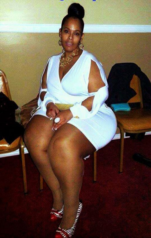 Black women with thick legs