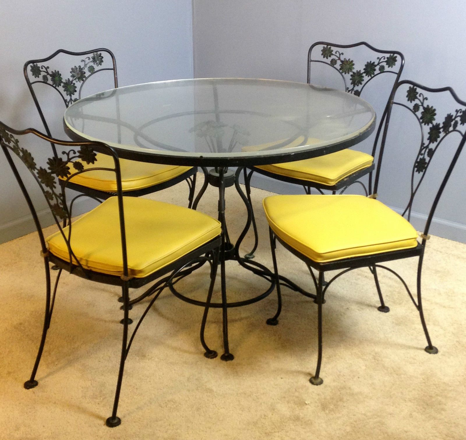 Genuine Woodard Patio Table Dinette Dining Chairs Set Vintage