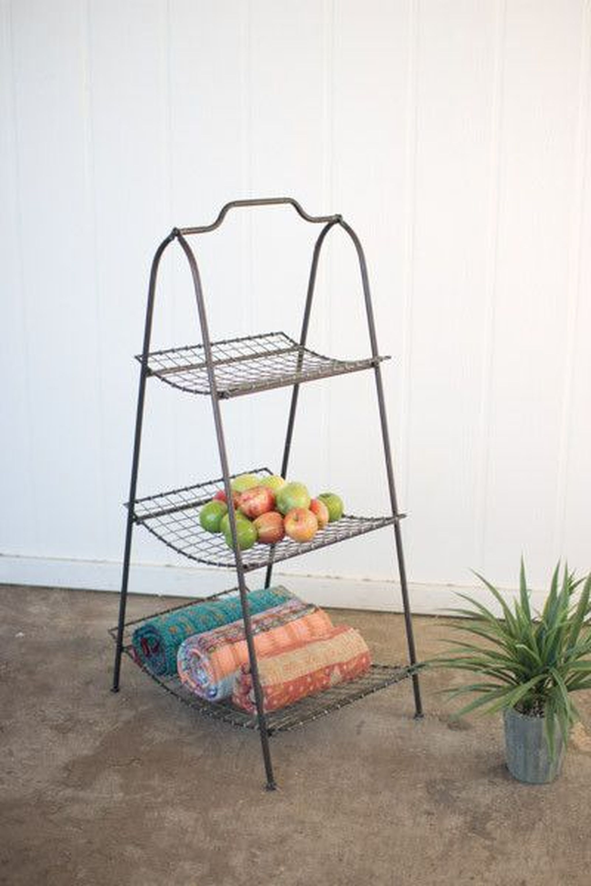 $2007 Kalalou Metal Stand With Wire Mesh Shelves