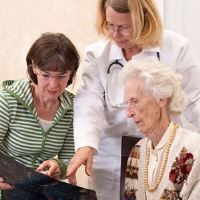 7 Steps to Take When Your Elderly Parent is Suddenly Hospitalized #Elder Care