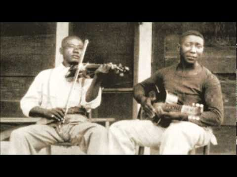 Muddy Waters - Field Recordings 1941 & 1942 // The field recordings of Muddy Waters made by Alan Lomax in 1941 and 42.