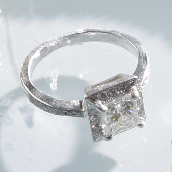 How to Clean an Engagement Ring | Overstock.com