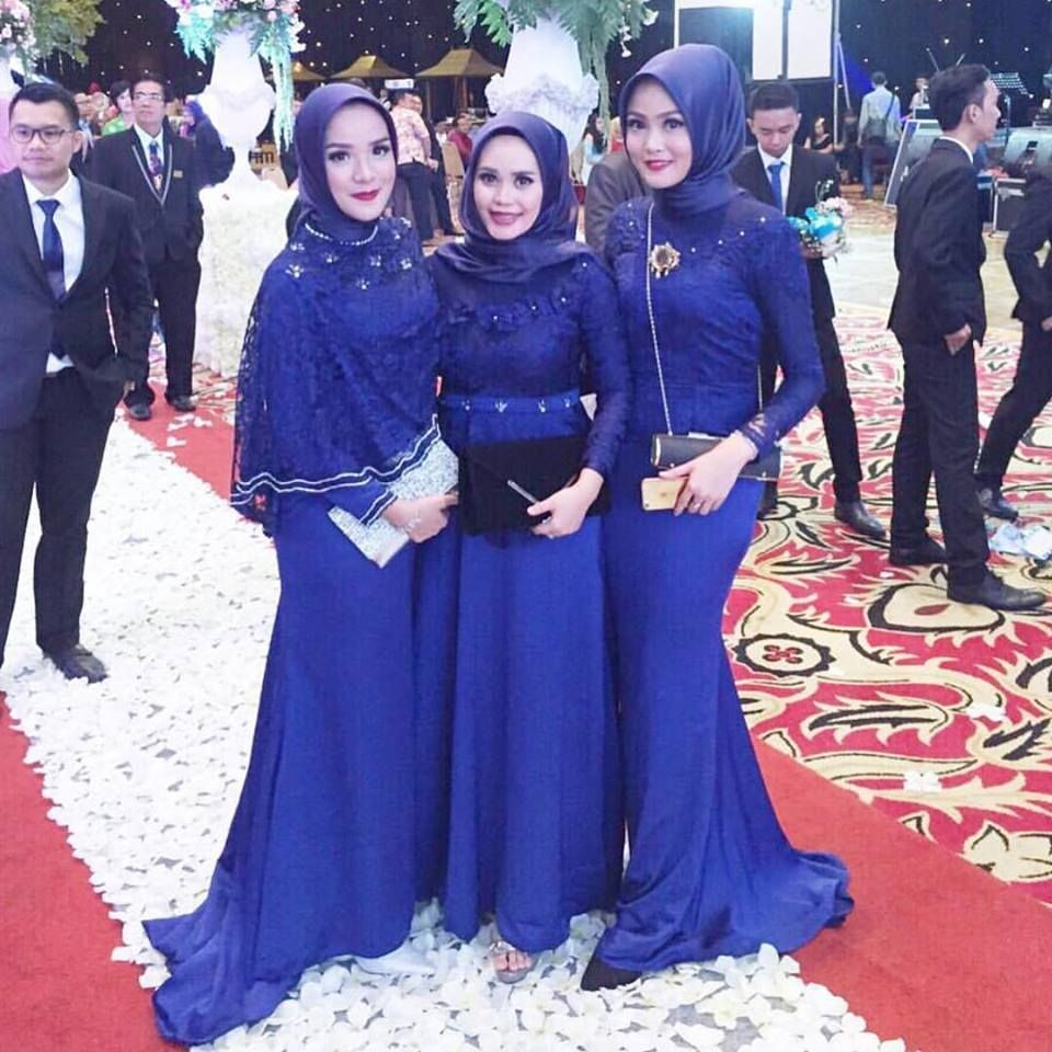 Pin by dee assyaudiah on insfiration of hijab pinterest kebaya