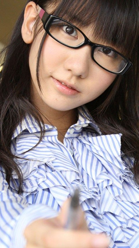 kimikato:  【AKB48】メンバーのメガネ画像が集まるスレ - AKB48まとめんばー