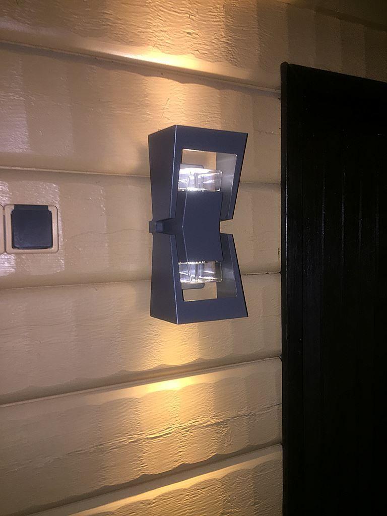 Utomhuslampa i svart - Konstsmide Potenza vägglampa ... : utomhuslampa : Inredning