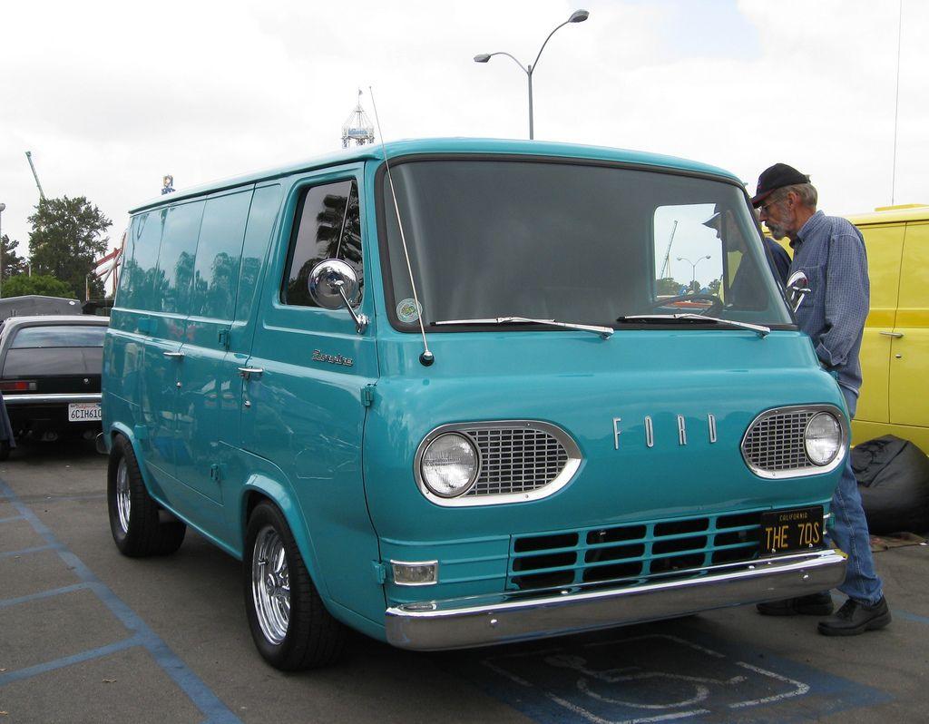 Ford Econoline Ford Van Classic Trucks Ford