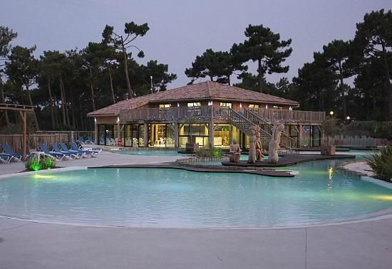 Beside a lake, 4 hr + 25 hr drive great reviews Holiday - camping dordogne etoiles avec piscine