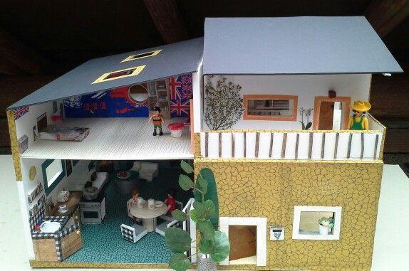 Maison et mobilier pour playmobil Diy faite avec du carton plume - bricolage a la maison