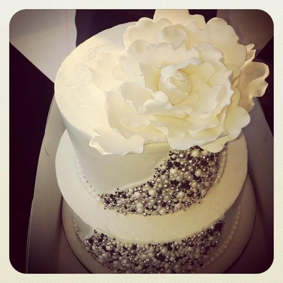 This wedding cake is just beautiful by hey there cupcakes before