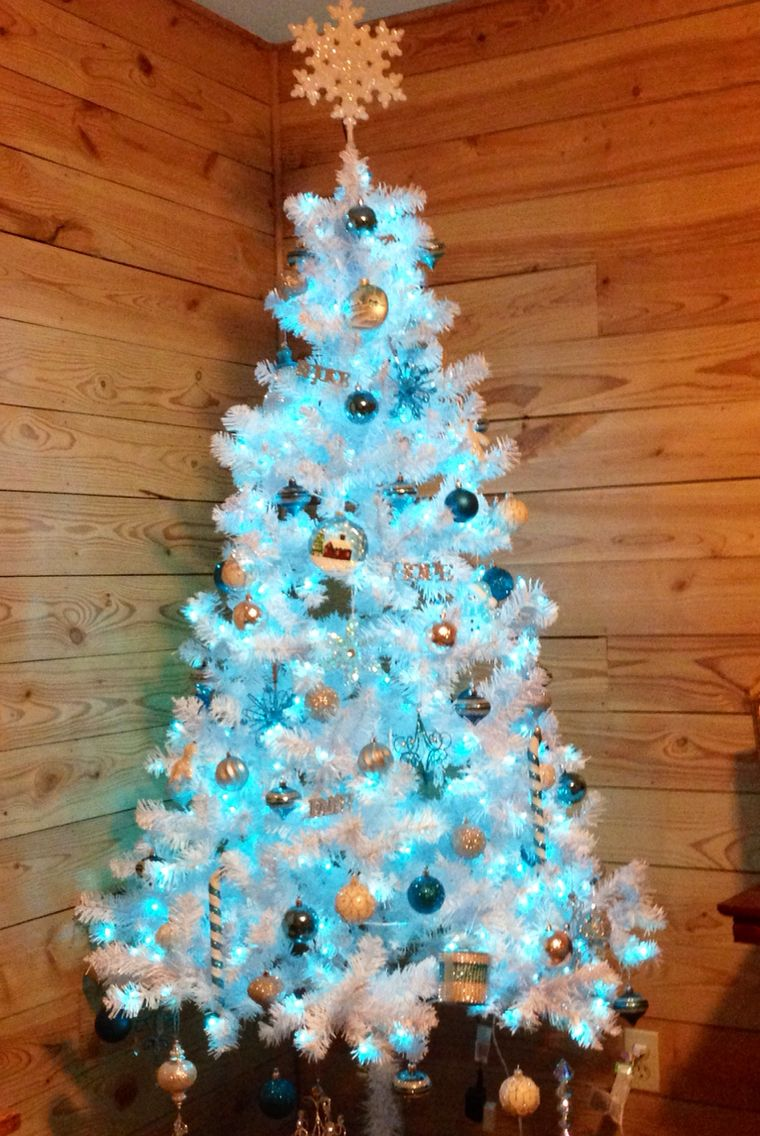 My First White Tree With Aqua Turquoise Silver White Ornaments Blue Lights 1st O Christmas Decorations White Christmas Trees Winter Wonderland Christmas