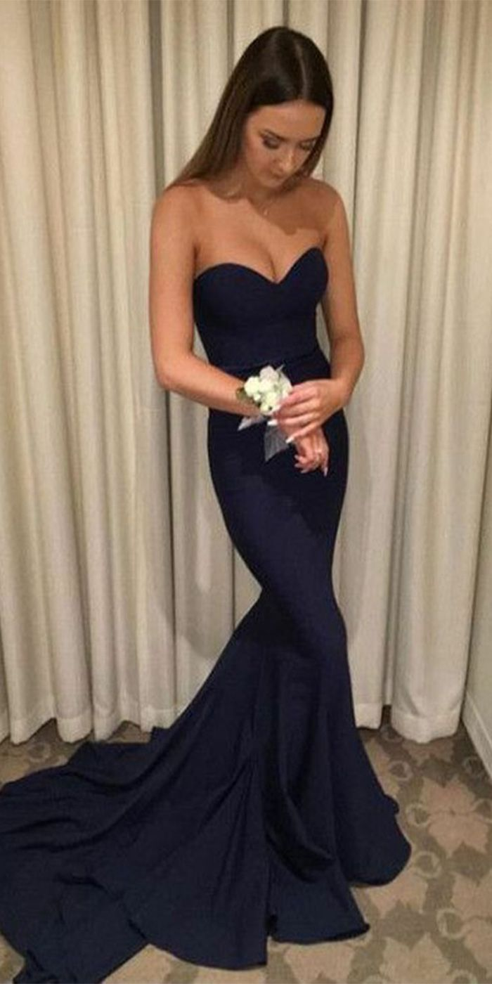 Mermaid sweetheart sweep train navy blue prom dress with ruched in