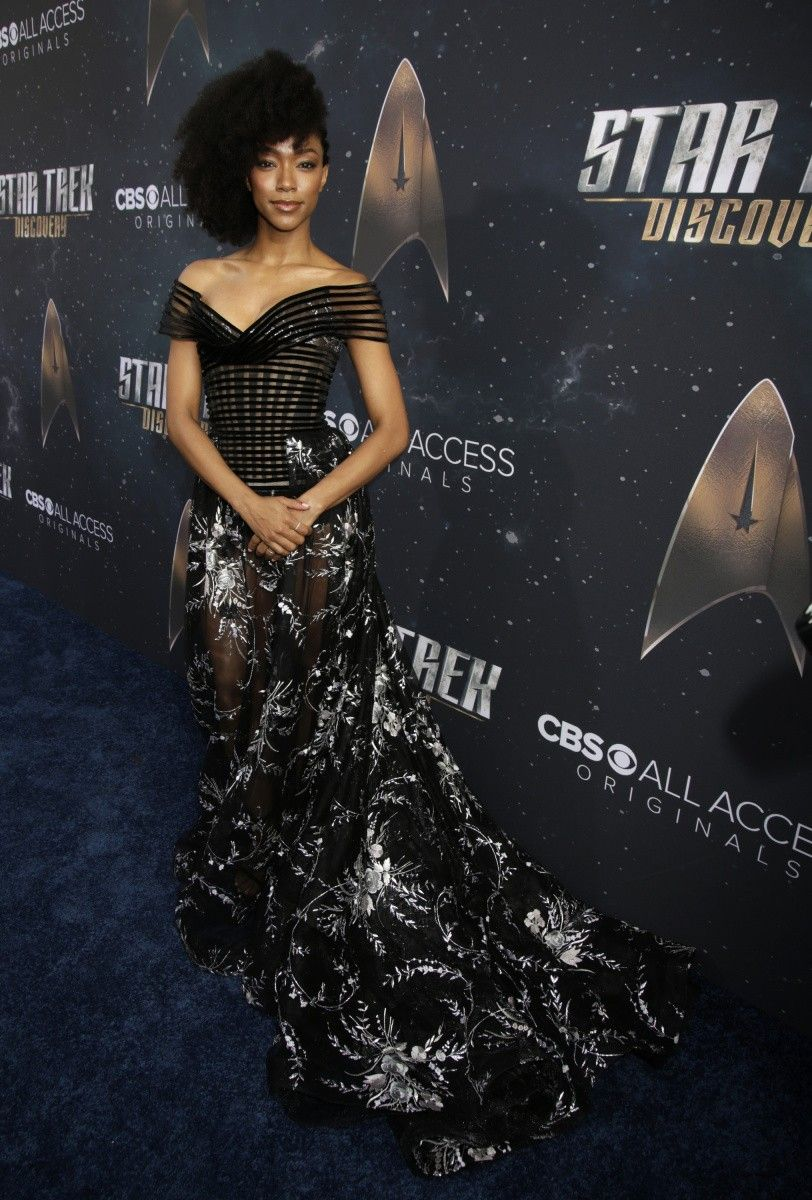 Photos from the ustar trek discoveryu hollywood premiere blue