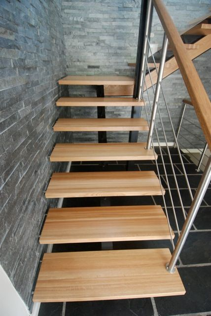 Best Solid Wood Staircase With A Stainless Steel Balustrade 400 x 300